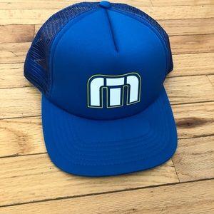 Travis Mathew snap back mesh hat